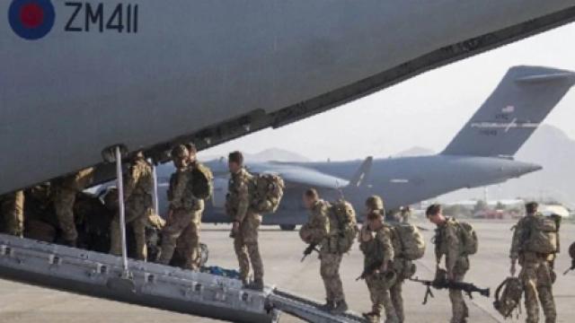 যুক্তরাষ্ট্রের ২০ বছরের আফগান যুদ্ধের সমাপ্তি